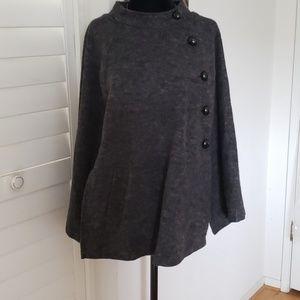 Stella Starr grey cape